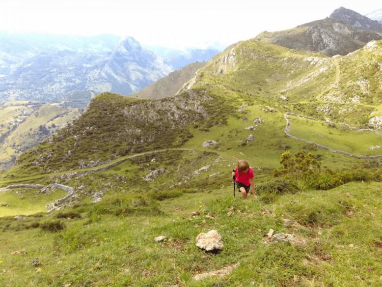 Rutas de senderismo fáciles en los valles pasiegos